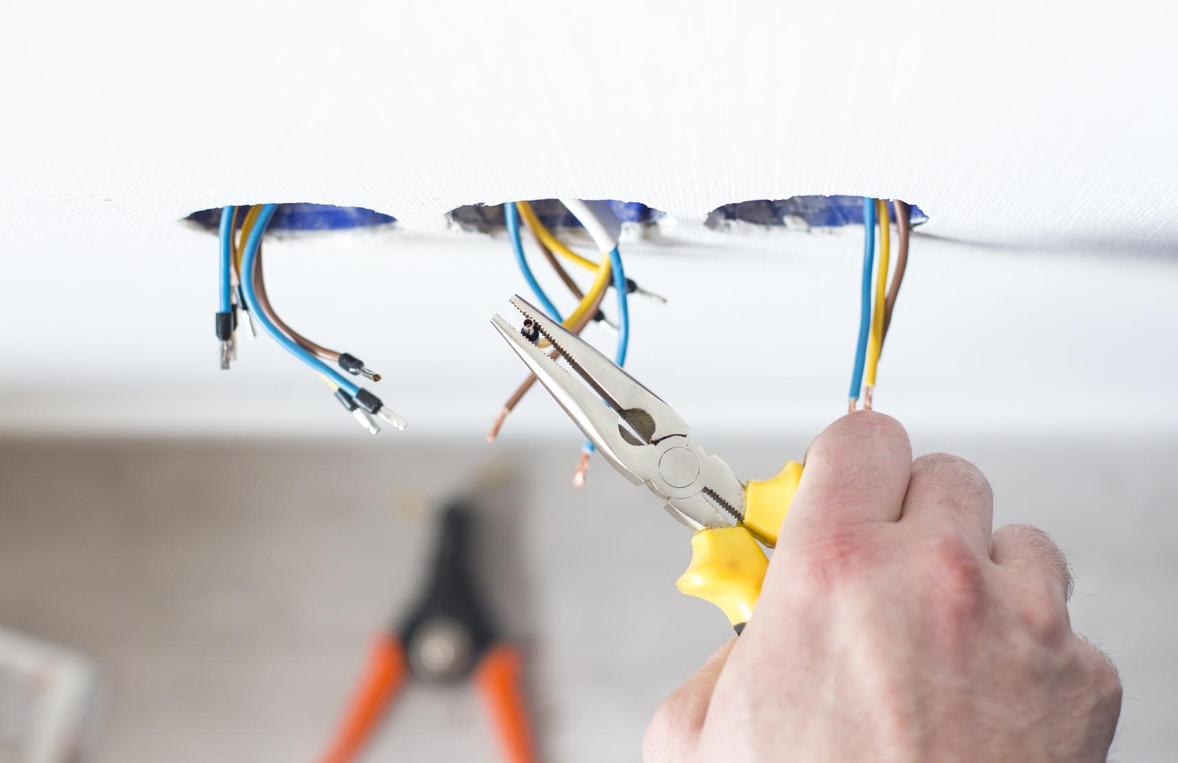 surrey electrician services